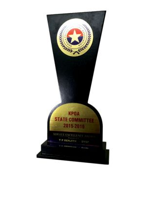 Personalized Wooden Awards for individuals and Performers